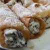 cannoli siciliani con scaglie di cioccolato